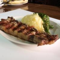 The Knife, el paraíso de la carne: nuevo menú, servicio en mesa y mejores vinos